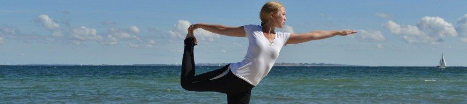 Yoga ved stranden